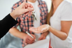 exchanging house keys